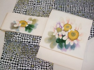 桜に菊の小花柄単衣紬×塩瀬手描き菊名古屋帯 やゝ游風